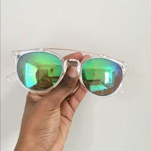 Green Reflective Sunglasses